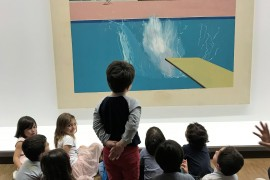 « Amy's Minute » – David Hockney – An exhibition guide from the Pomidou Centre comes to talk to us and we visit the Pompidou Centre!