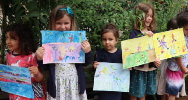 «La Minute de Véronique» – Le Défilé des œuvres d'art des MS et des GS – Lundi 21 juin 2021